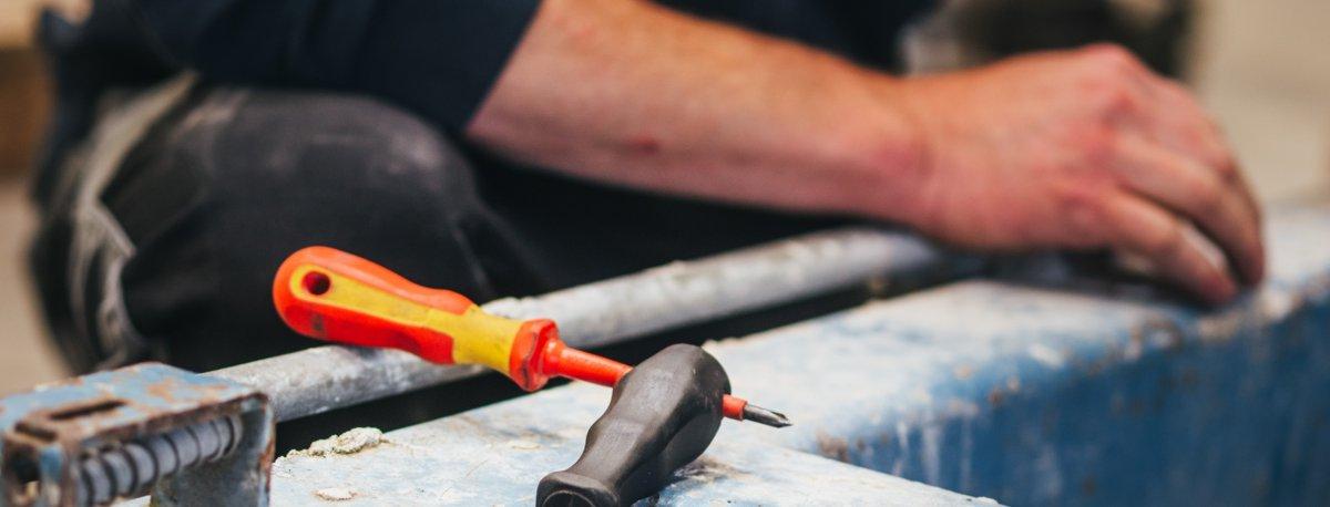 Prüfung Reparaturservice